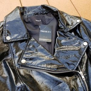 NWT! 😎💋 Faux Patent Leather Moto Jacket!